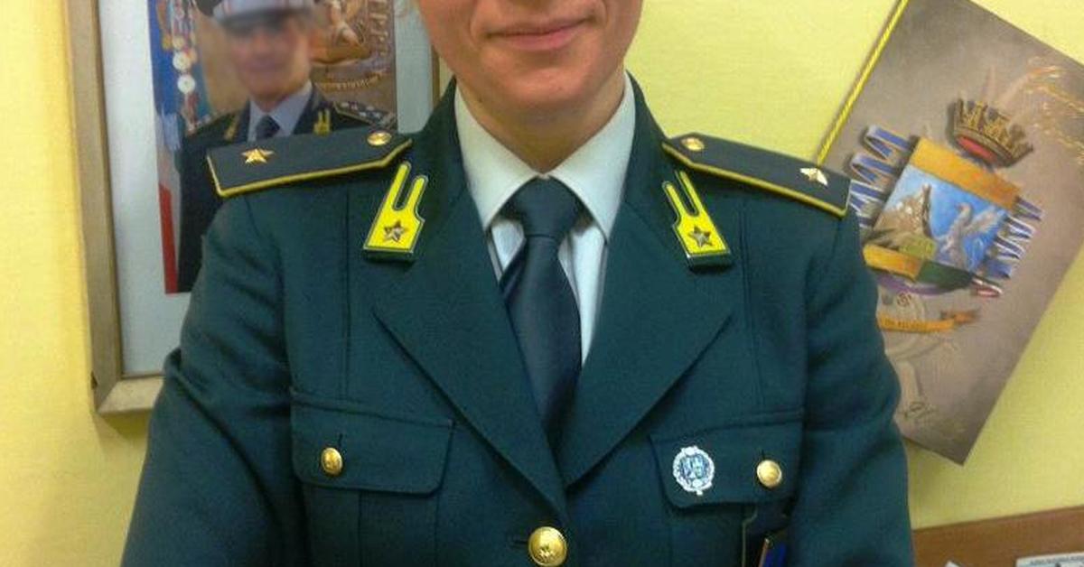 Concorso Interno 21 Sottotenenti Guardia di Finanza 2017 Ruolo Normale Comparti Speciale e Aeronavale - Bando