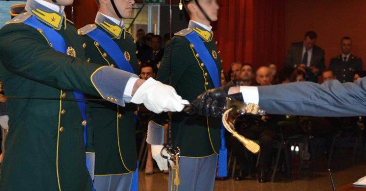 Concorso Interno 70 Sottotenenti Guardia di Finanza 2019 Ruolo Normale Comparto Speciale - Bando